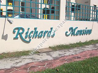RICHARDS MANSION